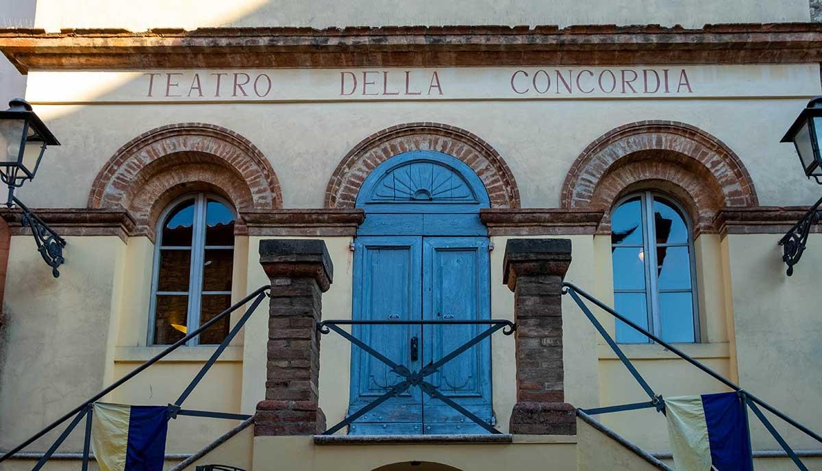 Esterno del Teatro della Concordia
