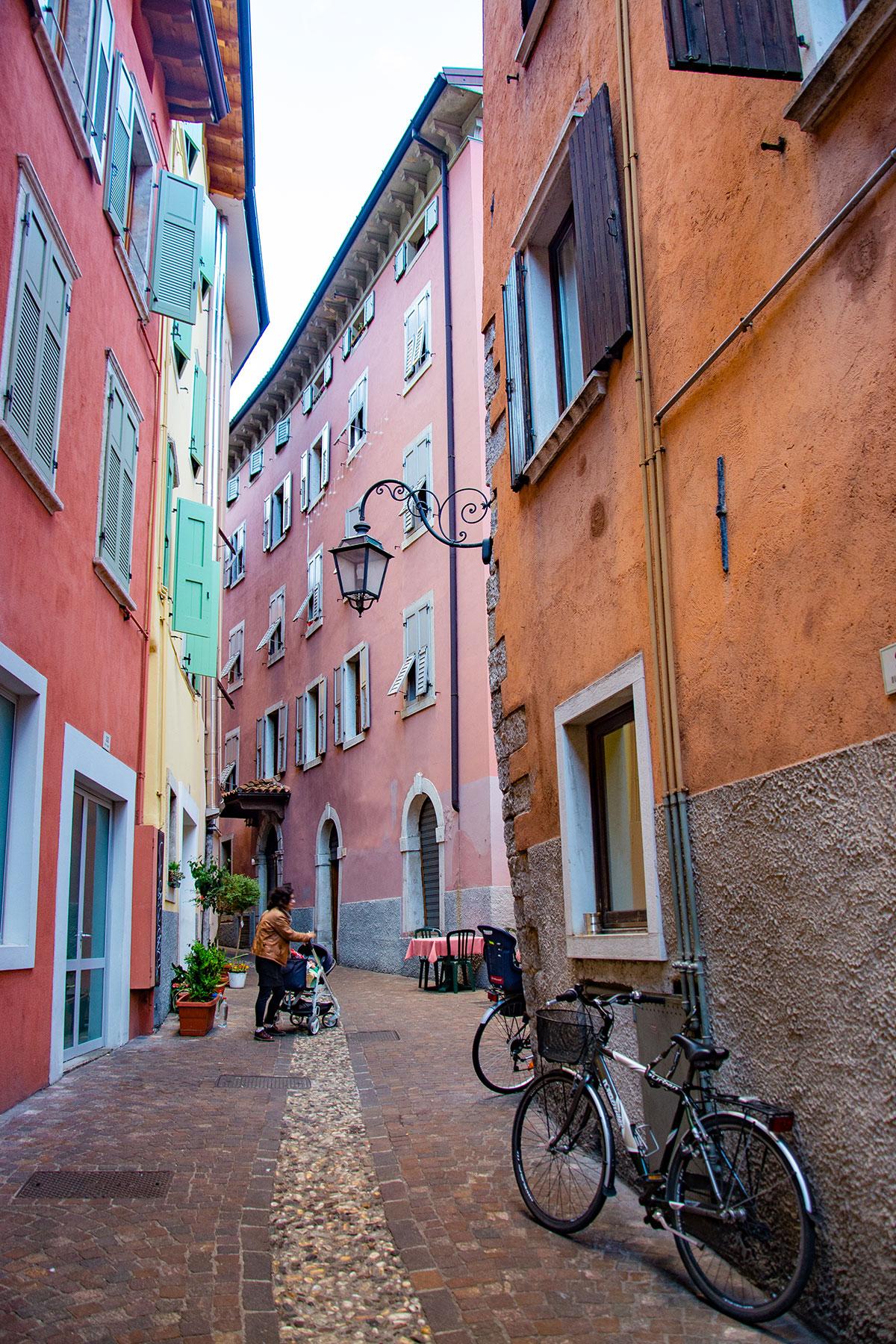 Il centro storico di Riva del Garda