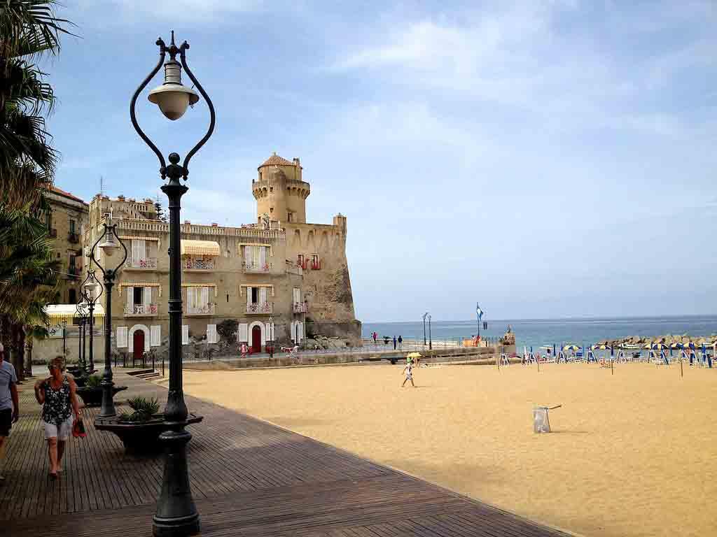 Marina Piccola, Santa Maria Castellabate - foto by Birger Hoppe