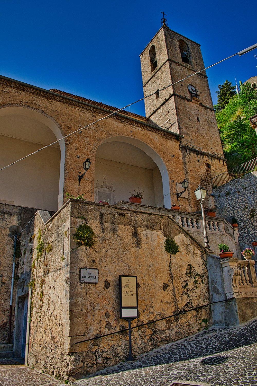 La Chiesa di San Michele Arcangelo di Pesche